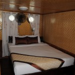 Ha Long Bay - Bed