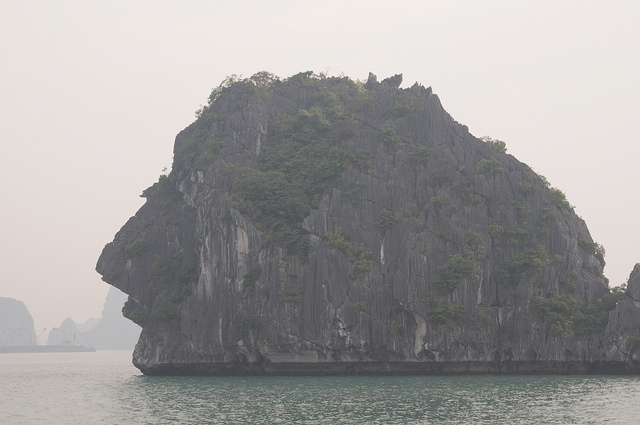 Ha Long Bay - rock formation